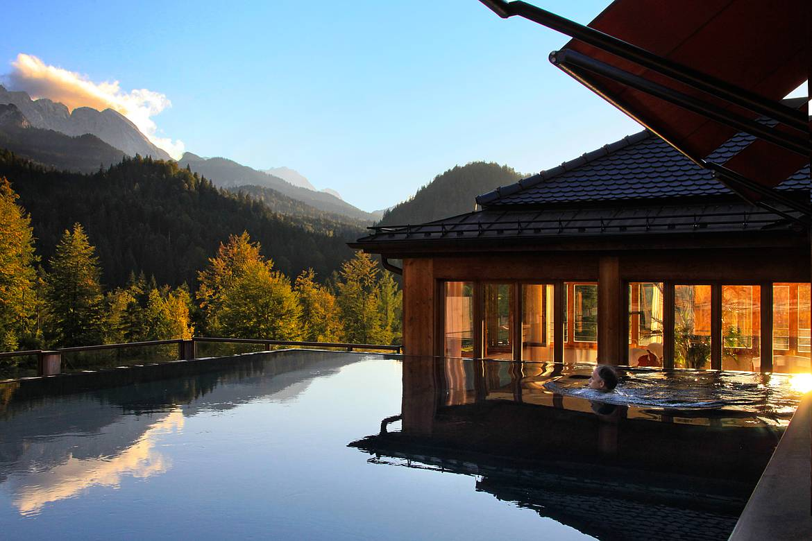 wellnesshotel bayern schloss elmau luxury spa retreat cultural hideaway. Black Bedroom Furniture Sets. Home Design Ideas